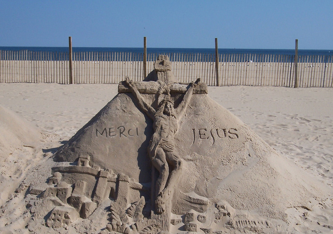 thank-you-jesus-sand-sculpter-14531281287172T2TX